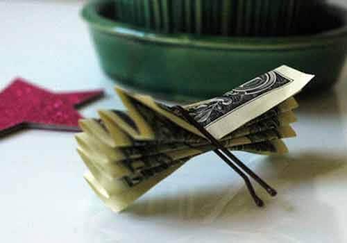 تزیین پول به شکل درخت